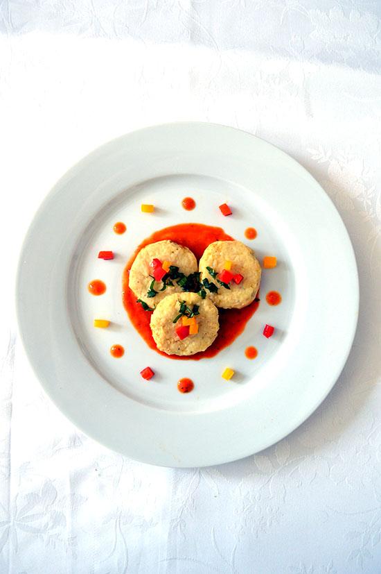 Gnocchi con salsa di peperoni rossi